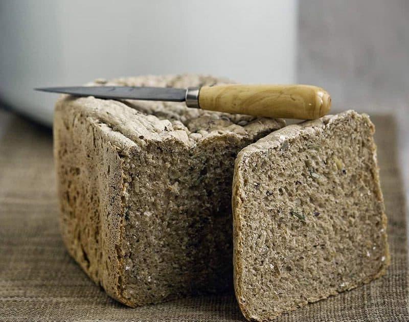 Applesauce Rye Bread (Bread Machine)