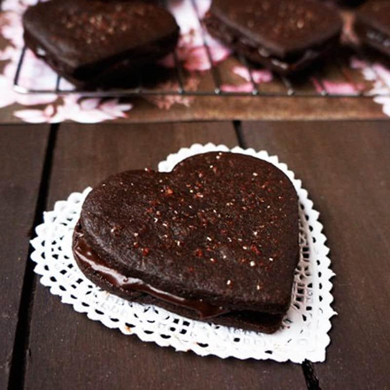Chocolate Fudge Sandwich Cookies
