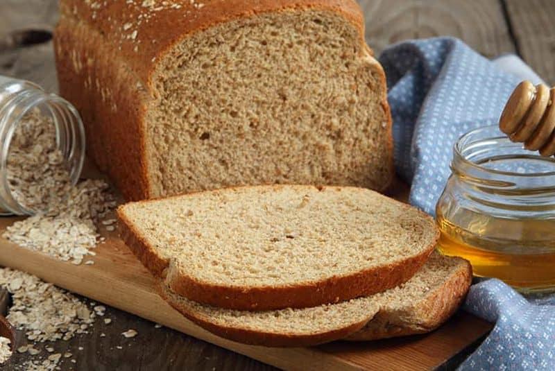 Steel Cut Oatmeal Bread (Bread Machine)